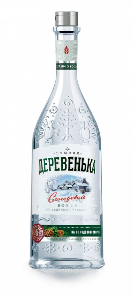 Водка Зимняя Деревенька кедровая на солодовом спирте Альфа 40%