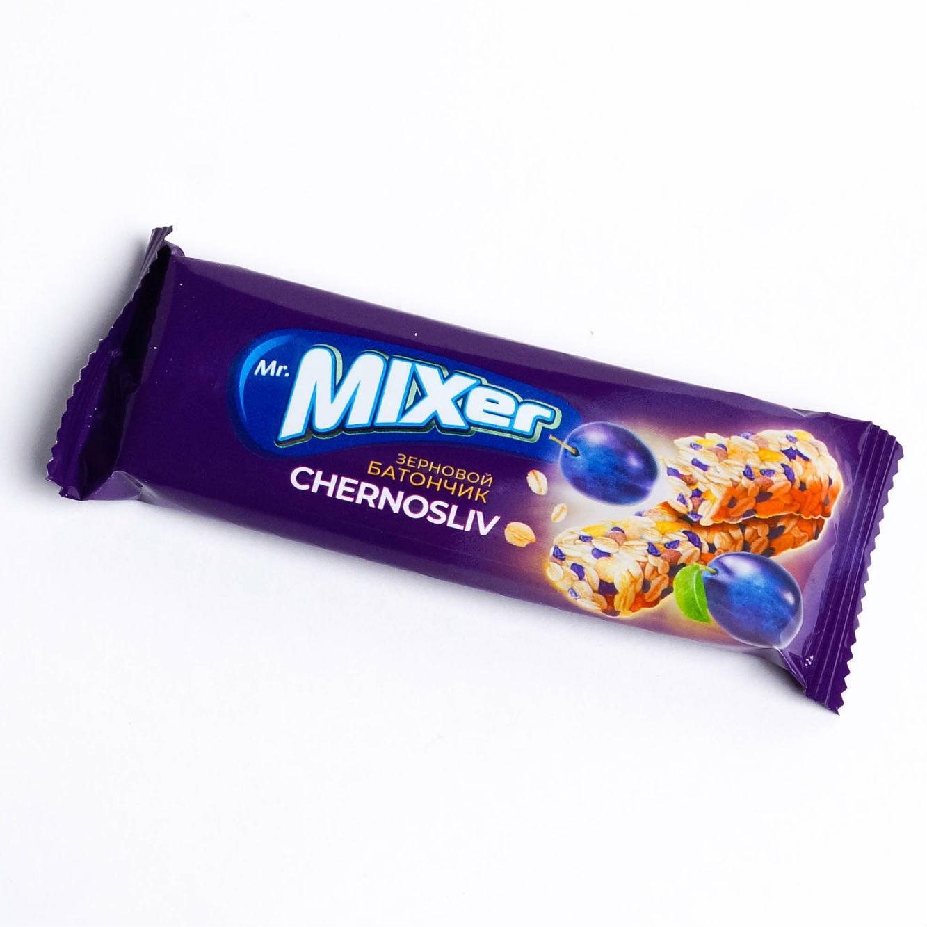 Батончик зерновой Royal Food Mr. MIXer Чернослив