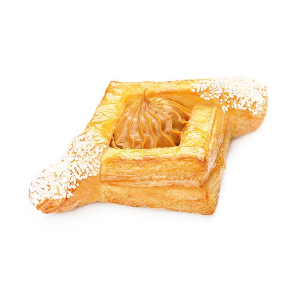Пирожное Слоянка Слойка с узорами и нежным кремом