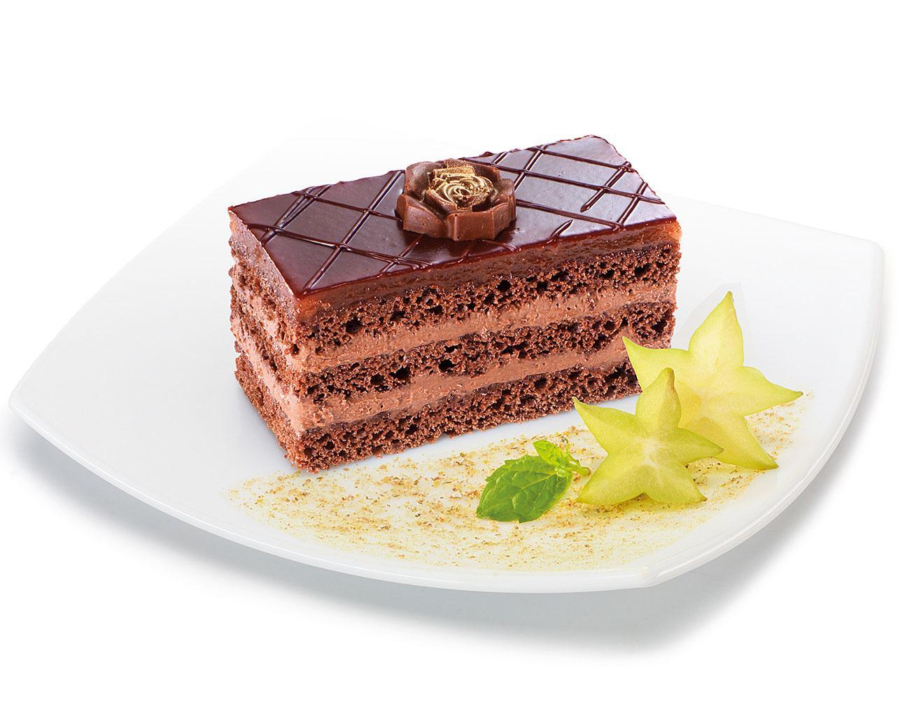 Пирожное Слоянка с какао в шоколадной глазури и с нежным кремом