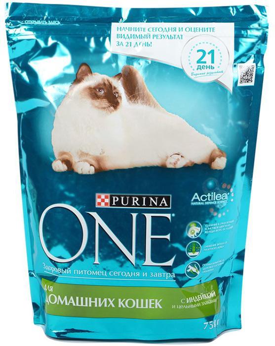 Корм Purina ONE для домашних кошек с индейкой и цельными злаками 750г