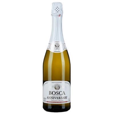 Напиток винный Bosca Anniversary газированный белый сладкий 7,5%