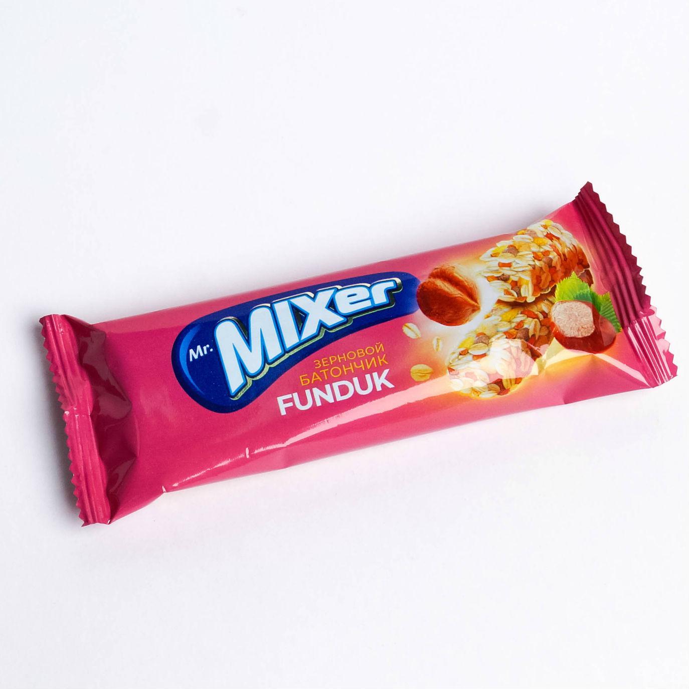 Батончик зерновой Royal Food Mr. MIXer Фундук