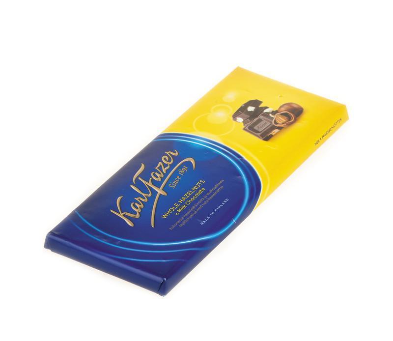 Шоколад Karl Fazer молочный с цельным фундуком