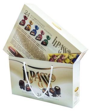 Набор шоколадных конфет iLPASSO ассорти белый, 350 г