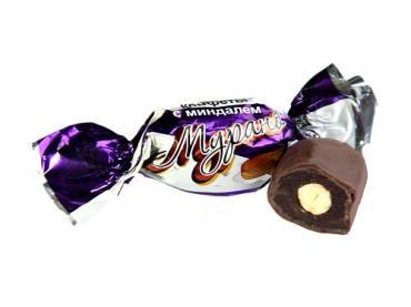 Конфеты Мурано финики с миндалем в шоколаде