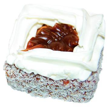 Пирожное Слоянка Красивые с кокосом с зефиром