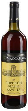 Вино ликерное портвейн белый Массандра Алушта 17 %, Россия, 750 мл., стекло