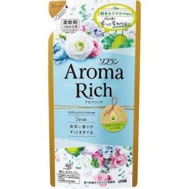Ополаскиватель для белья с ароматом натуральных масел Lion Soflan Aroma Rich Sarah, 400 мл., дой-пак