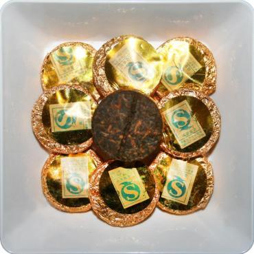 Чай черный пуэр прессованный 3 года ZellWell Медальон, 100 гр., пакет из триплекса