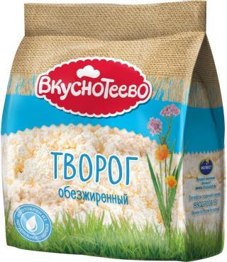 Творог обезжиренный Вкуснотеево, 300 гр., пластиковый пакет