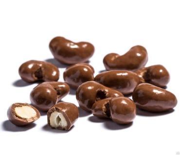 Шоколад с фундуком темный