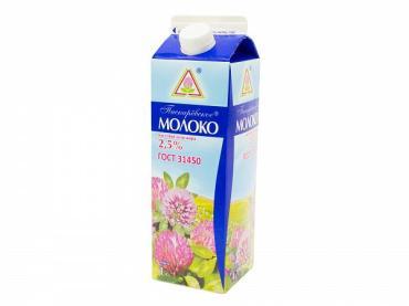 Молоко пастеризованное 2,5%, Пискаревский молочный завод, 1 л., тетра-пак