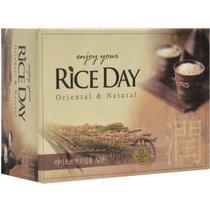 Мыло туалетное CJ Lion Riceday с экстрактом рисовых отрубей