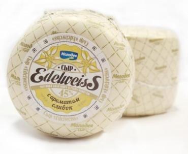 Сыр 45% с ароматом сливок Молодея Edelweiss, 3 кг., вакуумная упаковка