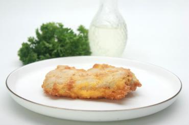 Филе Торговый дом Арамье куриное в сыре с яйцом , 1 кг, лоток под запайку
