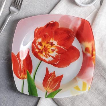 Тарелка обеденная Доляна Тюльпан 23 см.