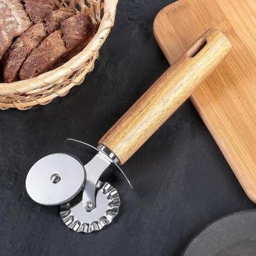 Нож для пиццы и теста двойной Доляна Дорадо, 19 см.