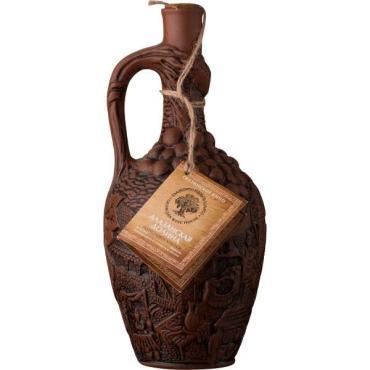 Вино красное полусладкое, керамика, Алазанская долина, 750 мл.