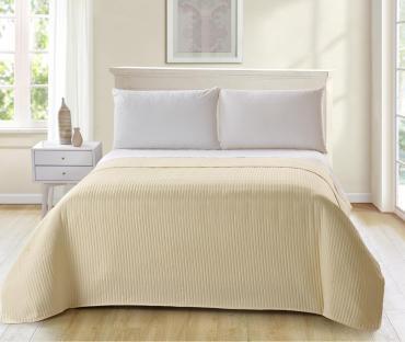 Покрывало для кровати стеганое, размер 220х240 см., цвет желтый, Seta Teves 1 кг., картонная коробка
