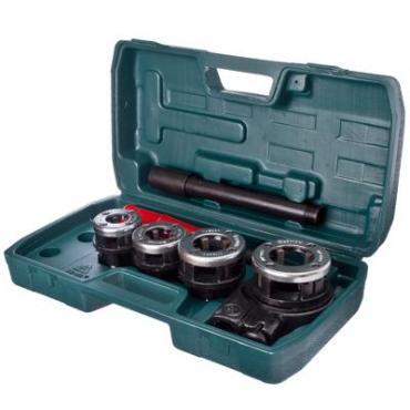 Набор клуппов Ермак 7 предметов, пластиковая коробка