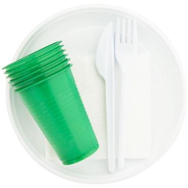 Набор одноразовой пластиковой посуды для пикника Мистерия Пикничок на 6 персон, пластиковый пакет