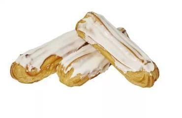 Пирожное Слоянка с декором из зефира