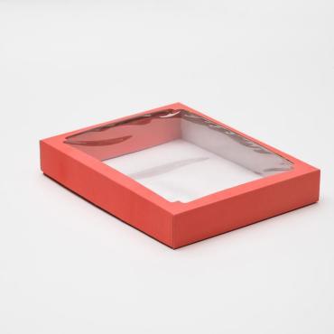 Коробка сборная 26х21х4 см. крышка-дно с окном красная
